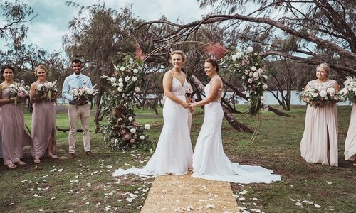 آسٹریلیا اور نیوزی لینڈ کی ہم جنس خواتین کھلاڑیوں کی شادی