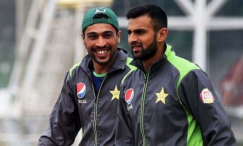 ANALYSIS: Struggling Amir, Malik need to shape up before World Cup