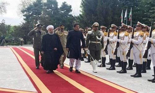 وزیراعظم عمران خان کی ایرانی صدر حسن روحانی کے ساتھ ملاقات