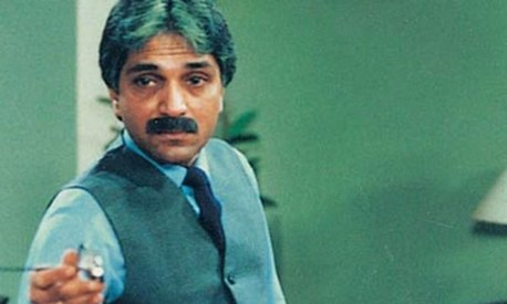 On Moin Akhtar's death anniversary, we look back at 6 of his most iconic roles