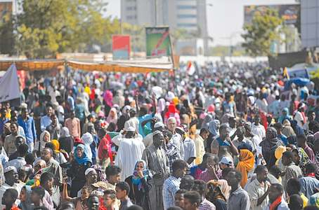 Huge crowd floods Khartoum, demands military cede power