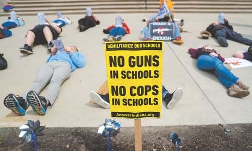 Powerful US gun group sees shake-up amid public dispute