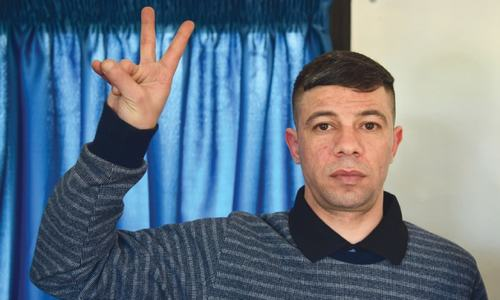 Israel frees two Syrian prisoners after Russian mediation