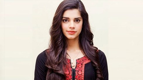 Sanam Saeed pens heartfelt tribute to her late mother