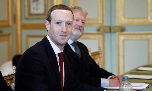 French report over social networks' regulation increases pressure on Facebook
