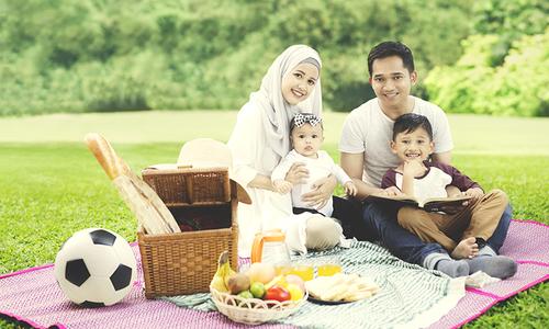بچوں کی پرورش اور والدین کی ذمہ داریاں