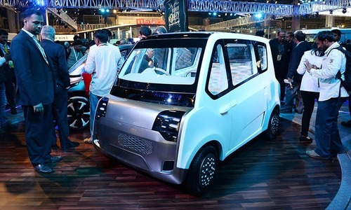 Govt ponders over electric cars to fight pollution