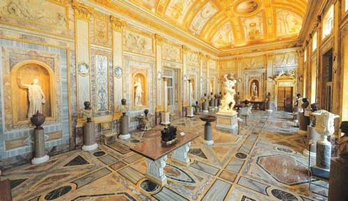 TRAVEL: THE ETERNAL ROMA