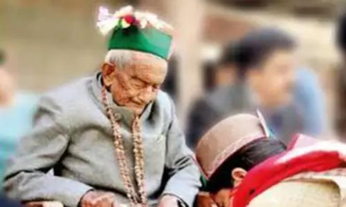 بھارت کے پہلے انتخابات سے مسلسل ووٹ ڈالنے والے 102 سالہ سرن نیگی
