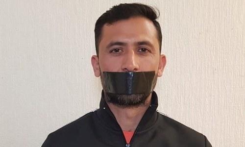 ورلڈ کپ اسکواڈ سے اخراج پر جنید خان کا خاموش احتجاج