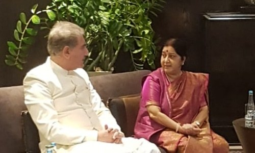 Qureshi, Swaraj hold 'informal dialogue' on sideline of SCO meet in Bishkek