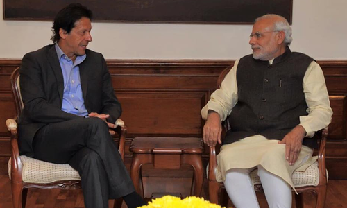 PM Imran telephones Modi to congratulate him on poll victory