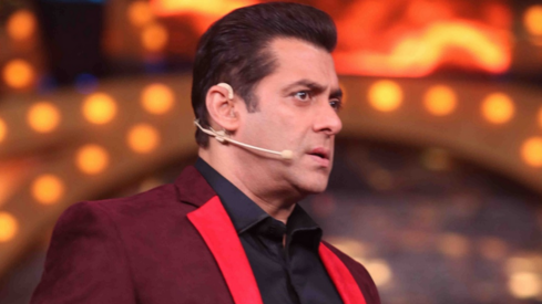 Salman Khan is being super weird while he promotes his new film Bharat