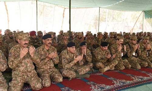 Austerity measures: 'We are one through thick and thin,' says army chief