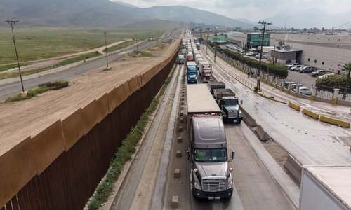 Trump calls off tariffs after Mexico vows to tighten borders