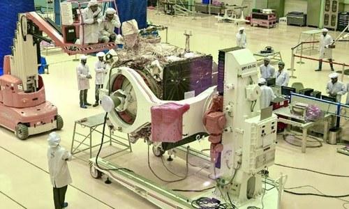 بھارت کا اگلے ماہ چاند پر خلائی مشن بھیجنے کا اعلان