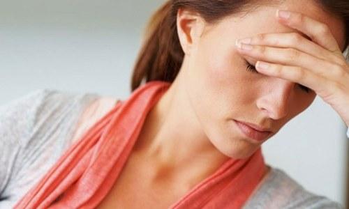 کیا آپ کو بھی گرمیوں میں سر میں درد ہوتا ہے؟