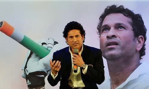 India's Tendulkar sues Australian cricket bat maker over $2m in royalties