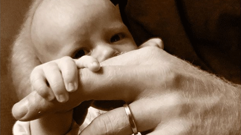 Meghan Markle and Prince Harry release Father's Day photo of baby Archie