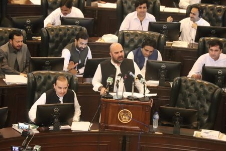 KP government presents Rs900b budget for 2019-20