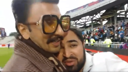 Ranveer Singh consoling a Pakistani fan during the match is the best thing you'll see today