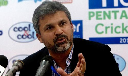 سرفراز احمد کپتانی کے اہل نہیں، معین خان