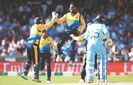 Malinga stars as Sri Lanka stun England