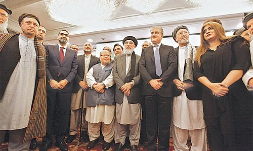 Afghan leaders urged to support US-Taliban talks