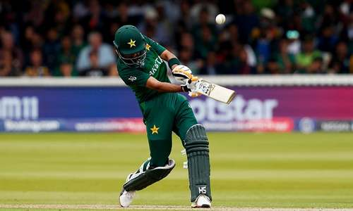 Resurgent Pakistan fight South Africa for World Cup survival