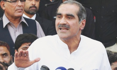 وزیر ریل کی سیکورٹی کے قواعد پر کمپرومائز کیا ہے، سعد رفیق