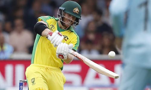 Australia 162-1 in World Cup showdown against England