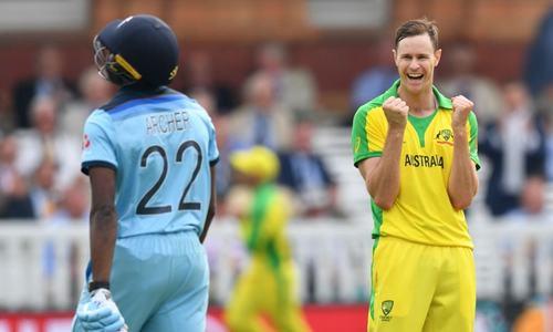 ورلڈ کپ: آسٹریلیا کی سیمی فائنل میں رسائی، انگلینڈ کو 64 رنز سے شکست