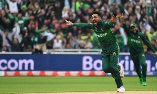 ورلڈکپ: پاکستان کے خلاف نیوزی لینڈ کی دوسری وکٹ 24 رنز پر گرگئی