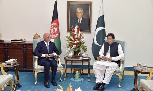 PM Imran, Afghan President Ghani look to 'opening new chapter of friendship'