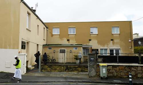Imam hurt in shooting outside mosque in northwest France