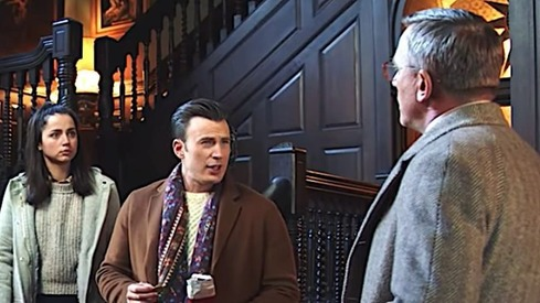 Chris Evans and Daniel Craig are stuck in a murder mystery in new Knives Out trailer