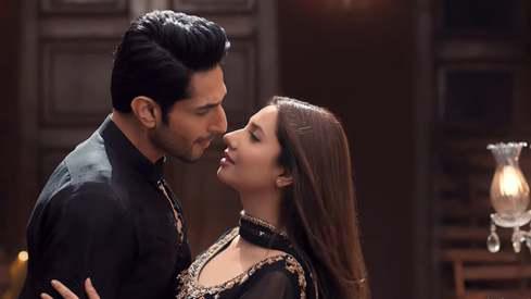 Mahira Khan and Bilal Ashraf dance the night away in new Superstar song
