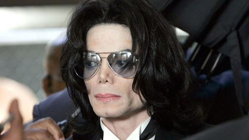 Michael Jackson fans sue alleged abuse victims
