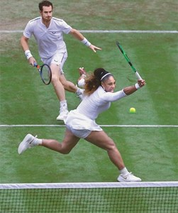 Federer posts new Slam record at Wimbledon