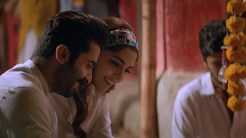 Sheheryar Munawar and Maya Ali make us crave gol gappay in new Parey Hut Love song