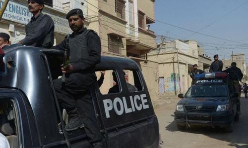 کراچی پولیس نے سیاسی و سماجی شخصیات سے اضافی سیکیورٹی واپس لے لی