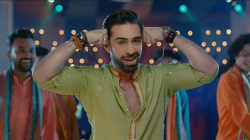 Ali Rehman Khan dances up a storm in latest Heer Maan Ja song