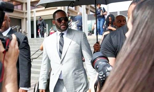 جنسی جرائم کیس: آر کیلی پر فرد جرم عائد نہ کی جا سکی