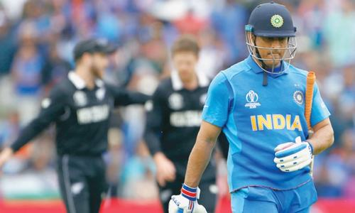 Indian selectors face questions as Dhoni opts out of WI tour