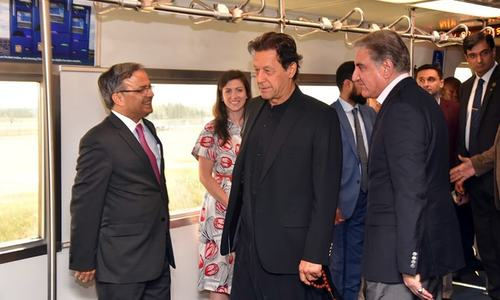 PM Imran arrives in Washington on 3-day 'official working visit'