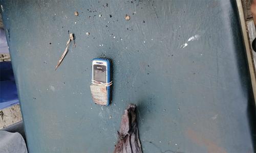 6 policemen martyred in gun, bomb attack in DI Khan