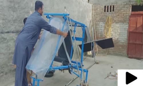 پاکپتن کے محمد فیاض دوسرا منی طیارہ بنانے میں مصروف