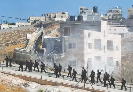 Israel demolishes Palestinian homes in Jerusalem