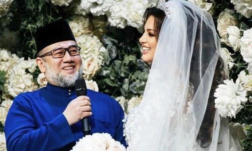 کم عمر دوشیزہ کیلئے بادشاہت چھوڑنے والے بادشاہ نے حسینہ کو طلاق دیدی