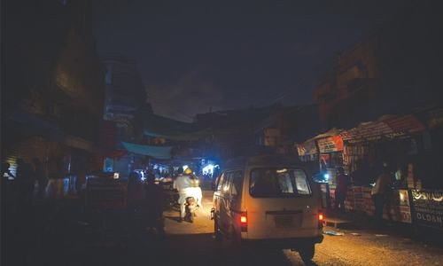 Residents suffer as prolonged power cuts continue in Karachi, Hyderabad